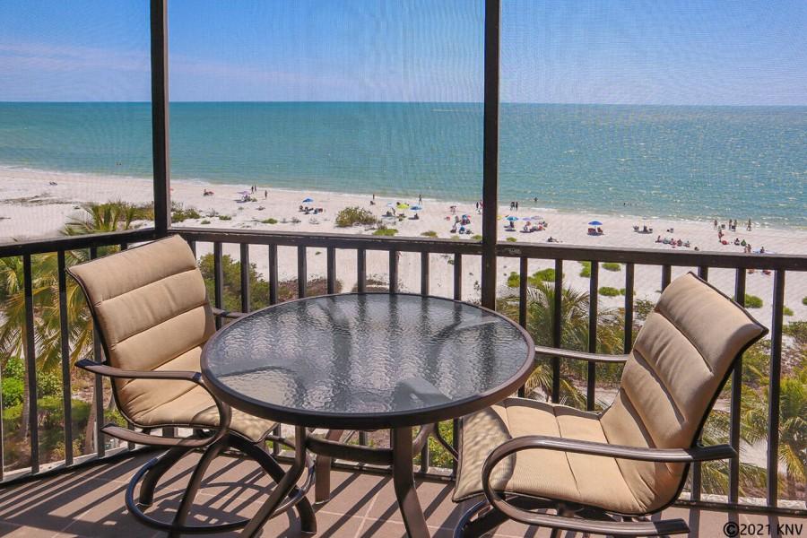 Hello Sunshine! Welcome to Riviera Club Beachfront Condo 603