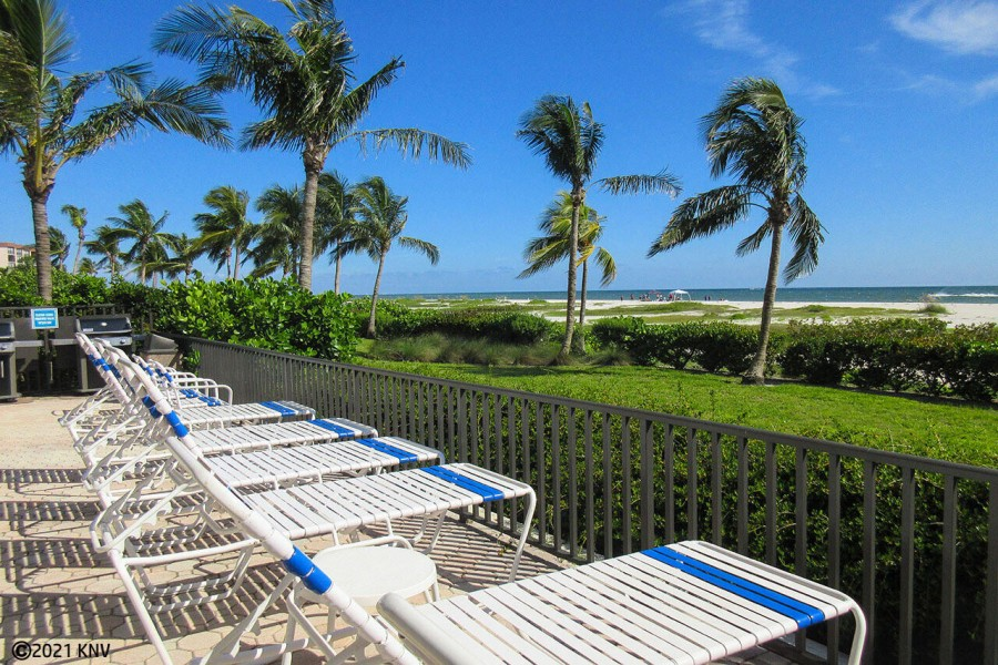 Riviera Club Beachfront on Fort Myers Beach. Imagine yourself here!