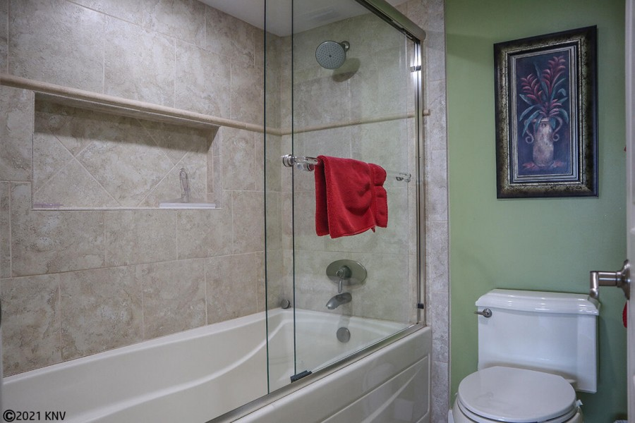 Master Bath En Suite has been newly remodeled