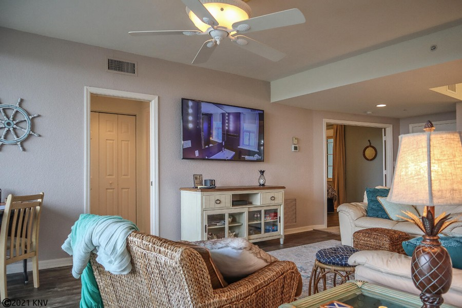 This 3 Bedroom, 2 Bath Vacation Condo has been beautifully furnished.