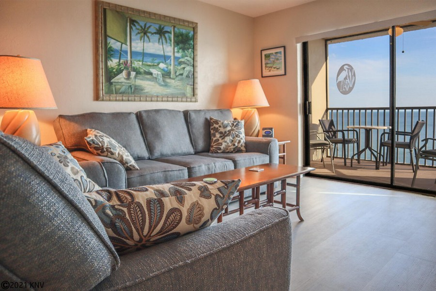 Living area opens up to beautiful Gulf view