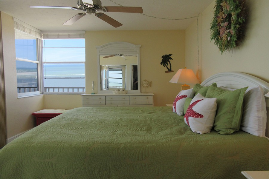 Bedroom has Gulf Views