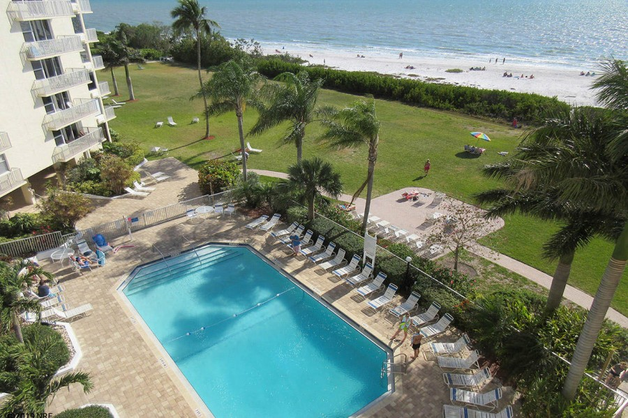 Estero Beach And Tennis Club 105B