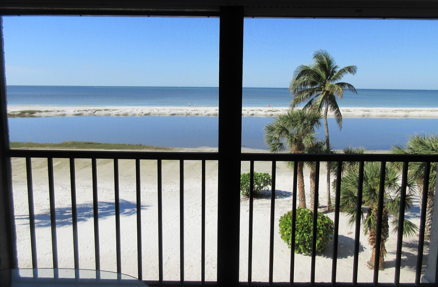 Gorgeous Direct Gulf Views from Eden House 302