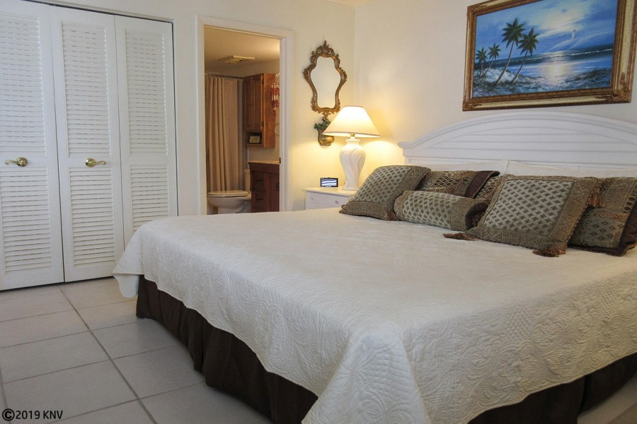 Beautiful Accommodations at Estero Beach And Tennis Club 407A