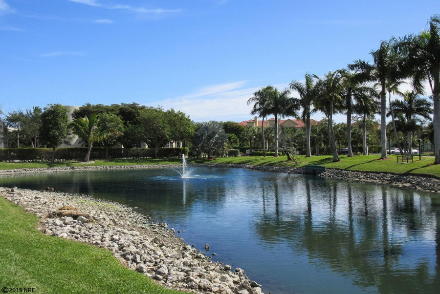 Grounds at Estero Beach And Tennis Club Condominiums