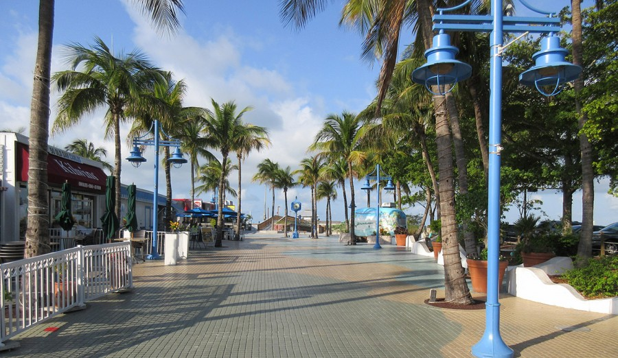 Fort Myers Beach Times Square