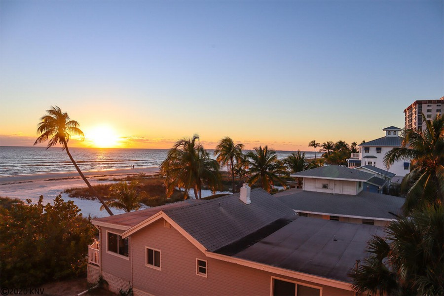 Catch our world famous sunsets from your lanai