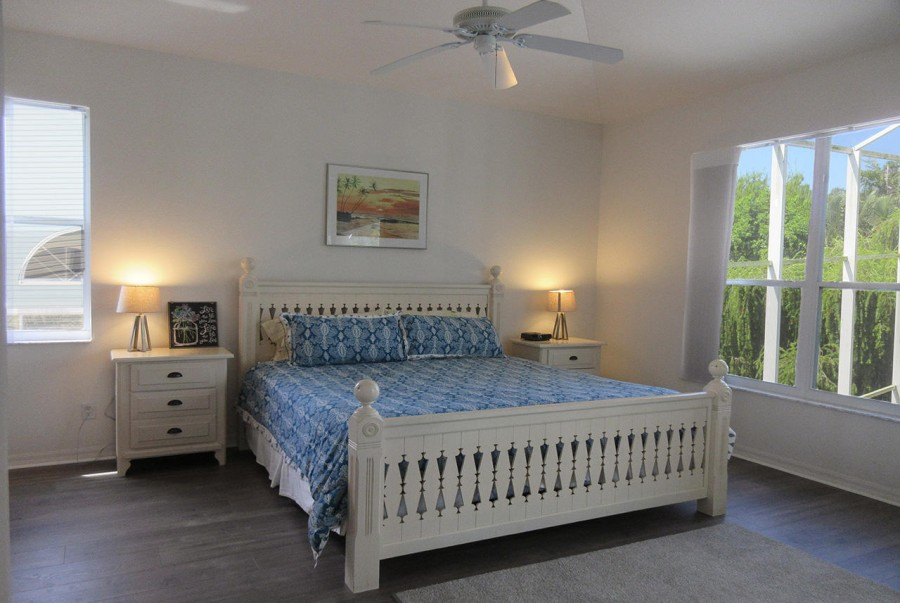 Large Master Bedroom with King Sized Bed