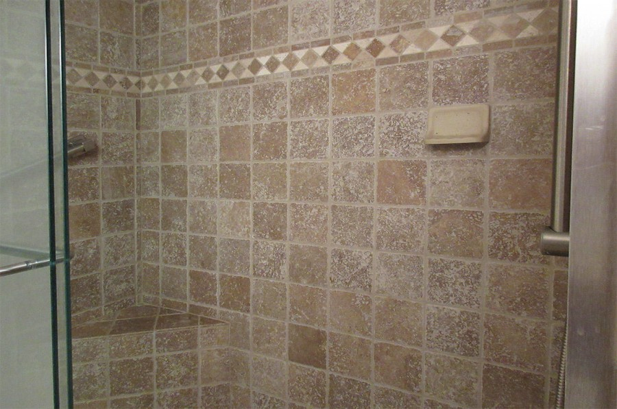 Walk In Shower in the Guest Bath at Creciente 313N