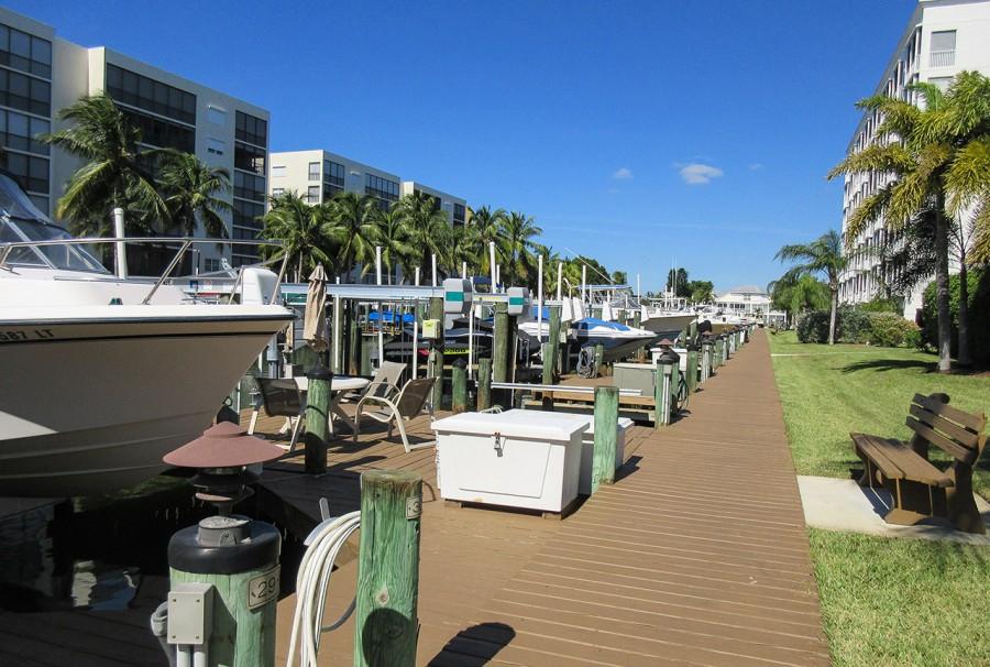 Fishing and Boat Docks at Casa Marina