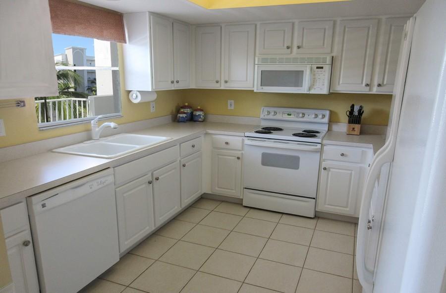 Casa Marina 732 Fully Equipped Kitchen