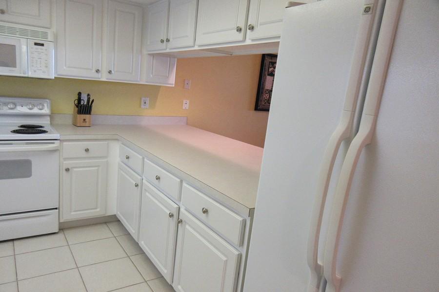 Kitchen at Casa Marina 732