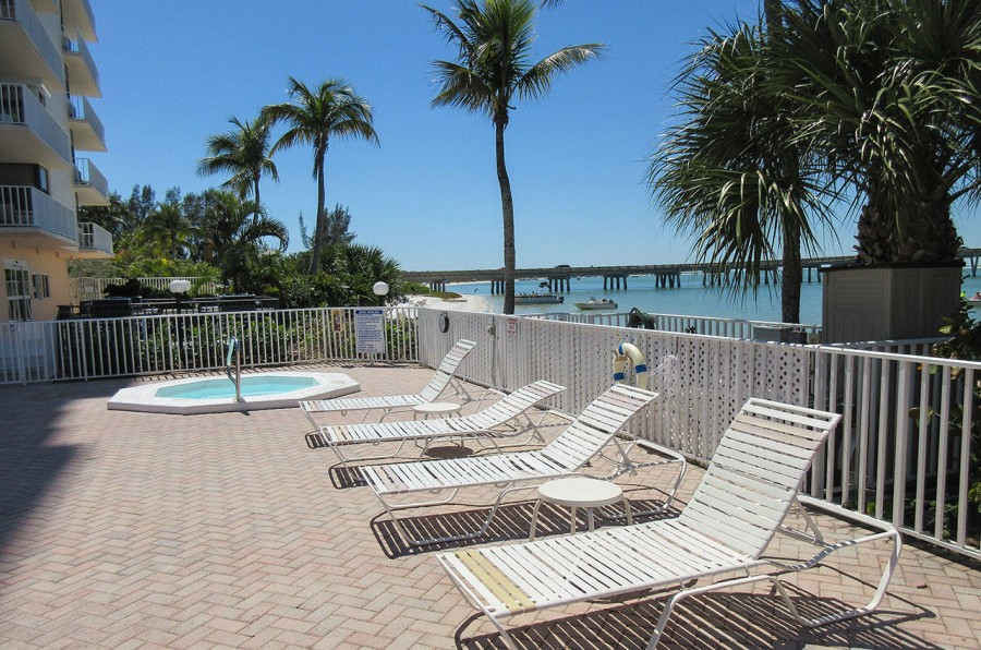 Lovers Key Beach Club Sundeck and Spa