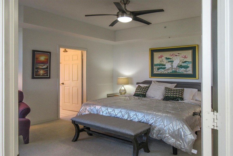 Spacious and beautiful Master Bedroom En Suite