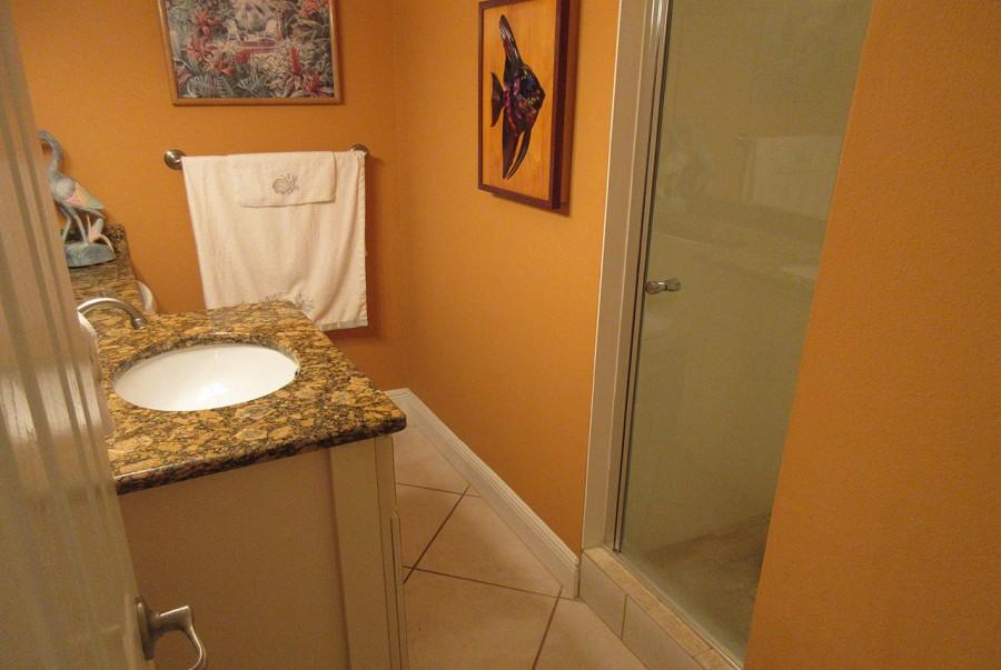 Terra Mar 903 Guest Bath