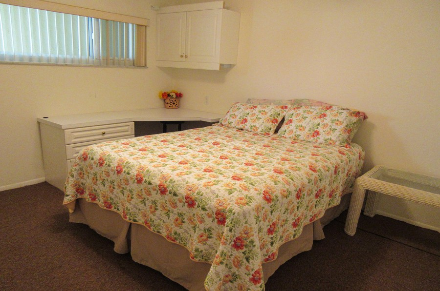 Sand Caper 705 Guest Bedroom with Queen Sized Bed