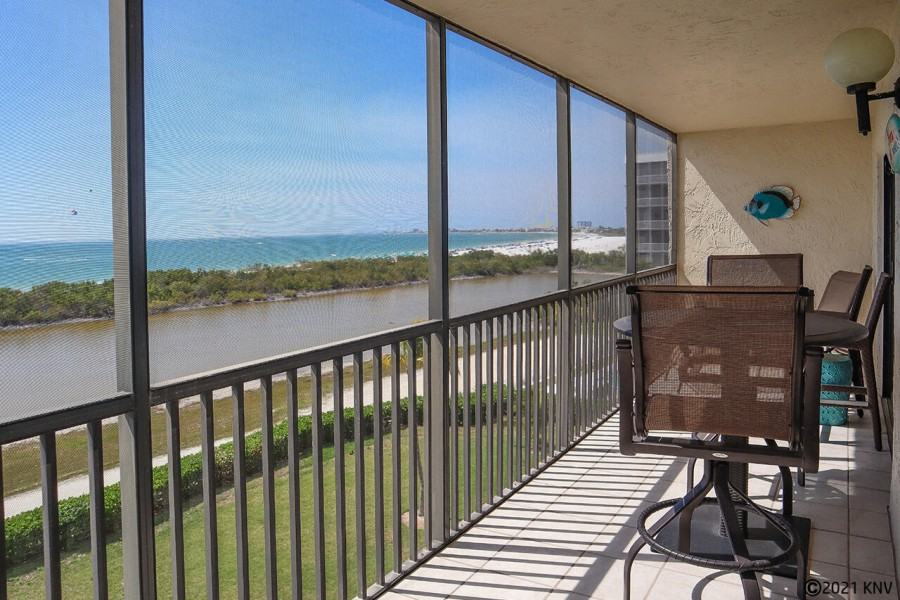 Gorgeous view of the Gulf from your screened in lanai