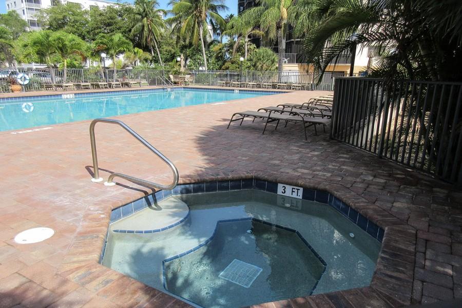 Harbour Pointe Resort Condominiums - Spa