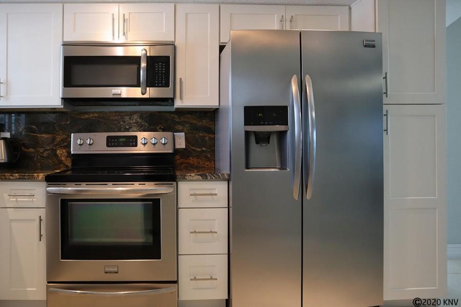 Fully Equipped Kitchen at Villa Del Mar 301