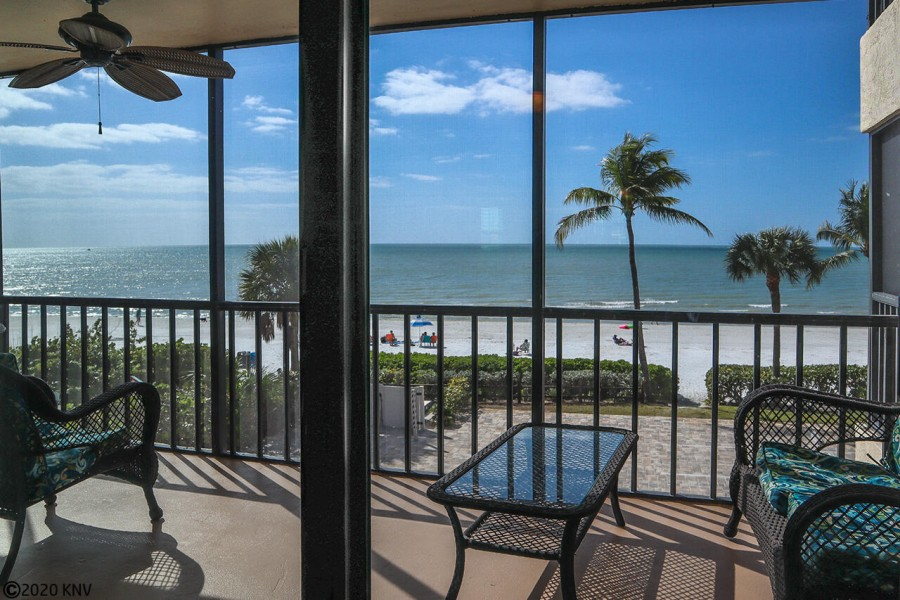 Million Dollar View from your screened in lanai