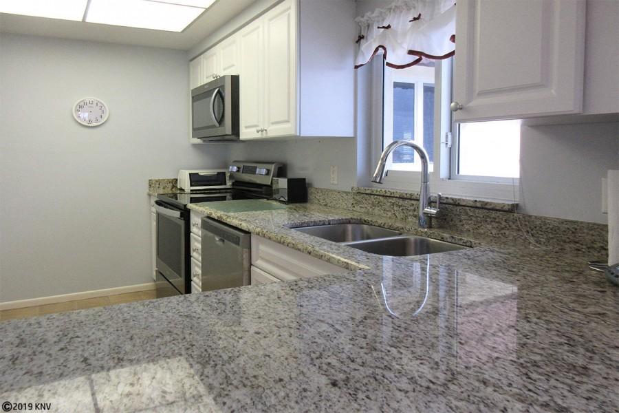 Fabulous Newly Remodeled Kitchen