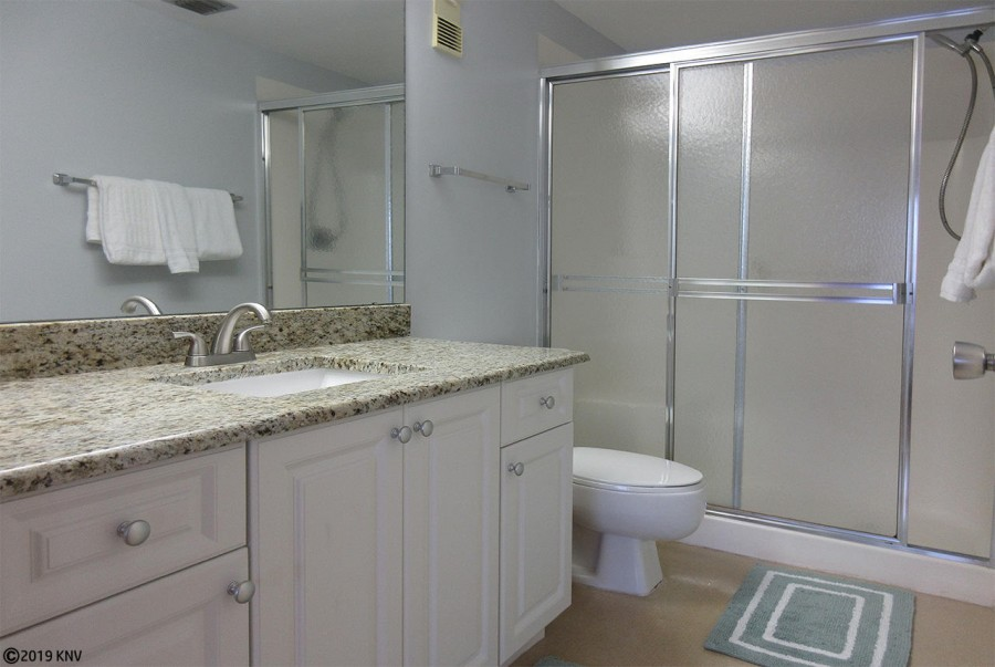 Beautiful Newly Remodeled Master Bath with Walk In Shower